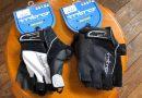 グローブ専門メーカー 「 イントロ 」 ロングライド専用グローブ。 & スペシャライズド 最新ヘルメット入荷。