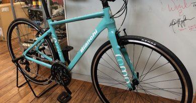 自転車通勤・フィットネスには、まずクロスバイクから〜♪( ´θ`)ノ お渡しの人気クロスバイクをご紹介です。